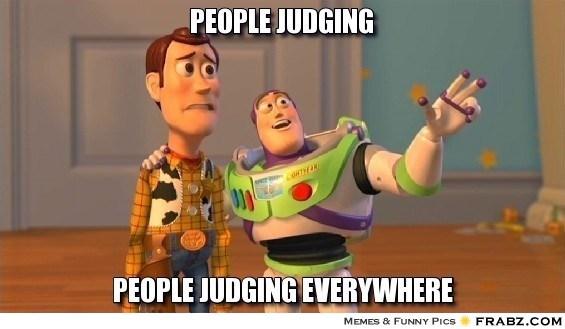 frabz-People-Judging-People-judging-everywhere-e19edf